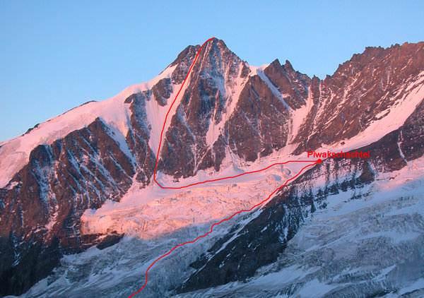 De Pavalcinni rinne - een ijsgeul aan de Noordkant van de Glockner naar de sneeuwgraat tussen de Gross- en Kleinglockner