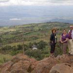 Afien, Alie en Maarten met zicht op de Rift Valley