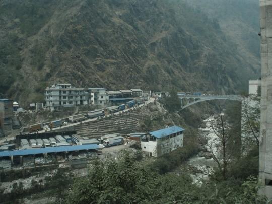 De Friedship bridge tussen Nepal en Tibet