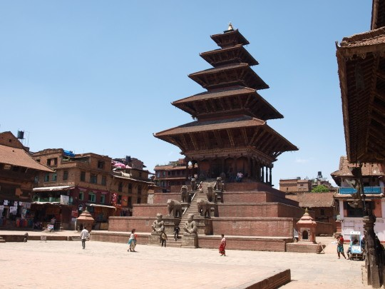 De Nyatapola-tempel op het Thaumadhi square in Bhaktapur