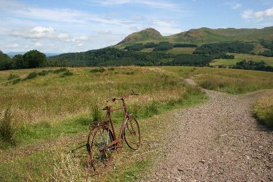Eerste heuvels richting Drymen - laat de fiets maar staan...
