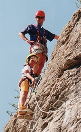 Maarten en Renate op de klettersteig Falaise de l'Horloge bij L'Argentière La Bessée