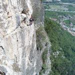 Maarten op de via ferrata Monte Albano