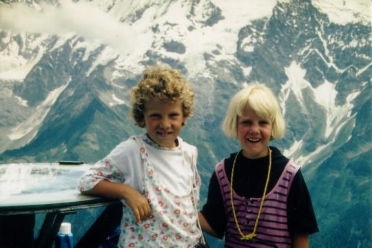 Marieke en Irene op de Mont Joly