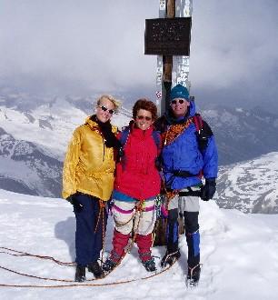 Renate, Afien en Maarten op de top van de Grossvenediger