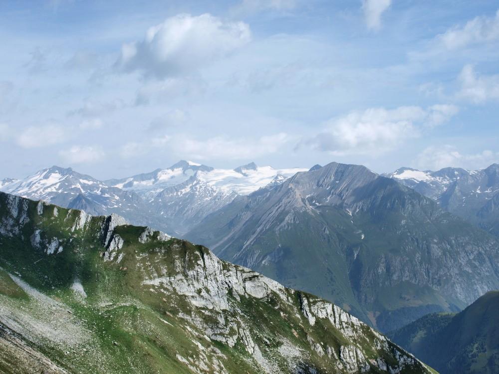 Prachtig zicht op de Venedigergroep. De hoogste top is de Grossvenediger.
