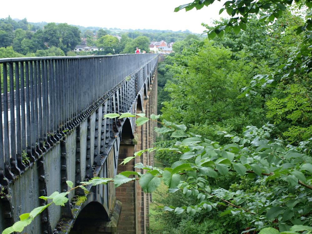Telford's pont cysyllte canal aquaduct