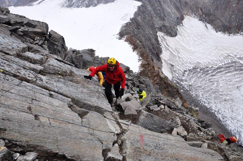 Tineke op weg naar de top van de Zuckerhütl