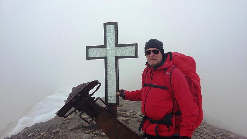 Maarten op de top van de Suldenspitze